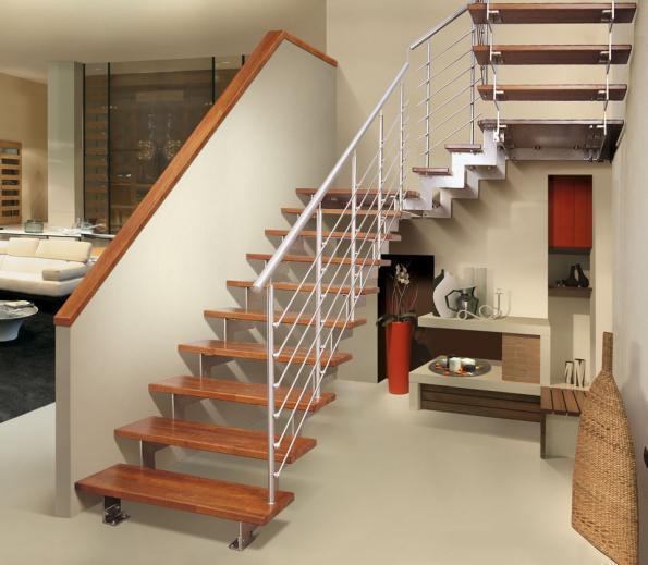 лестниц между этажами